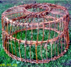 Centrotavola con fondo in legno