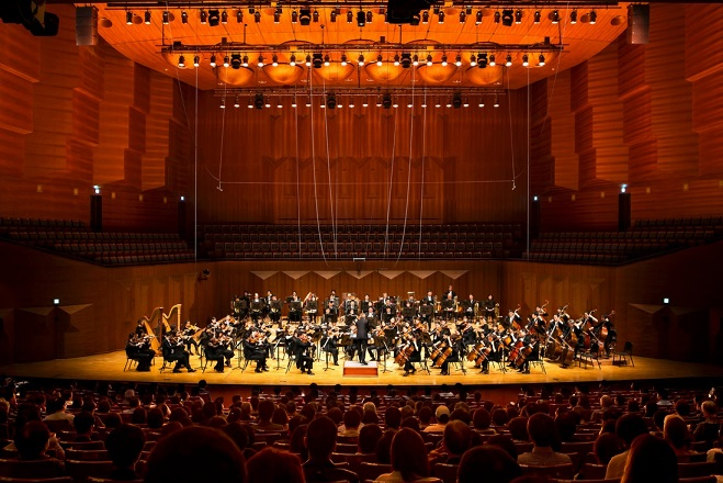 Seoul Philharmonic Orchestra-Thierry Fischer direttore