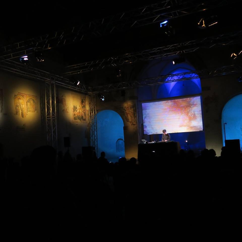 Scenasonica. Martin Kohlstedt / Solo Piano - Electronics & Stage Piano
