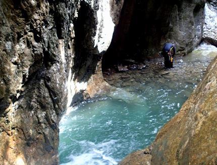 Mini canyon del Torrente Tolina